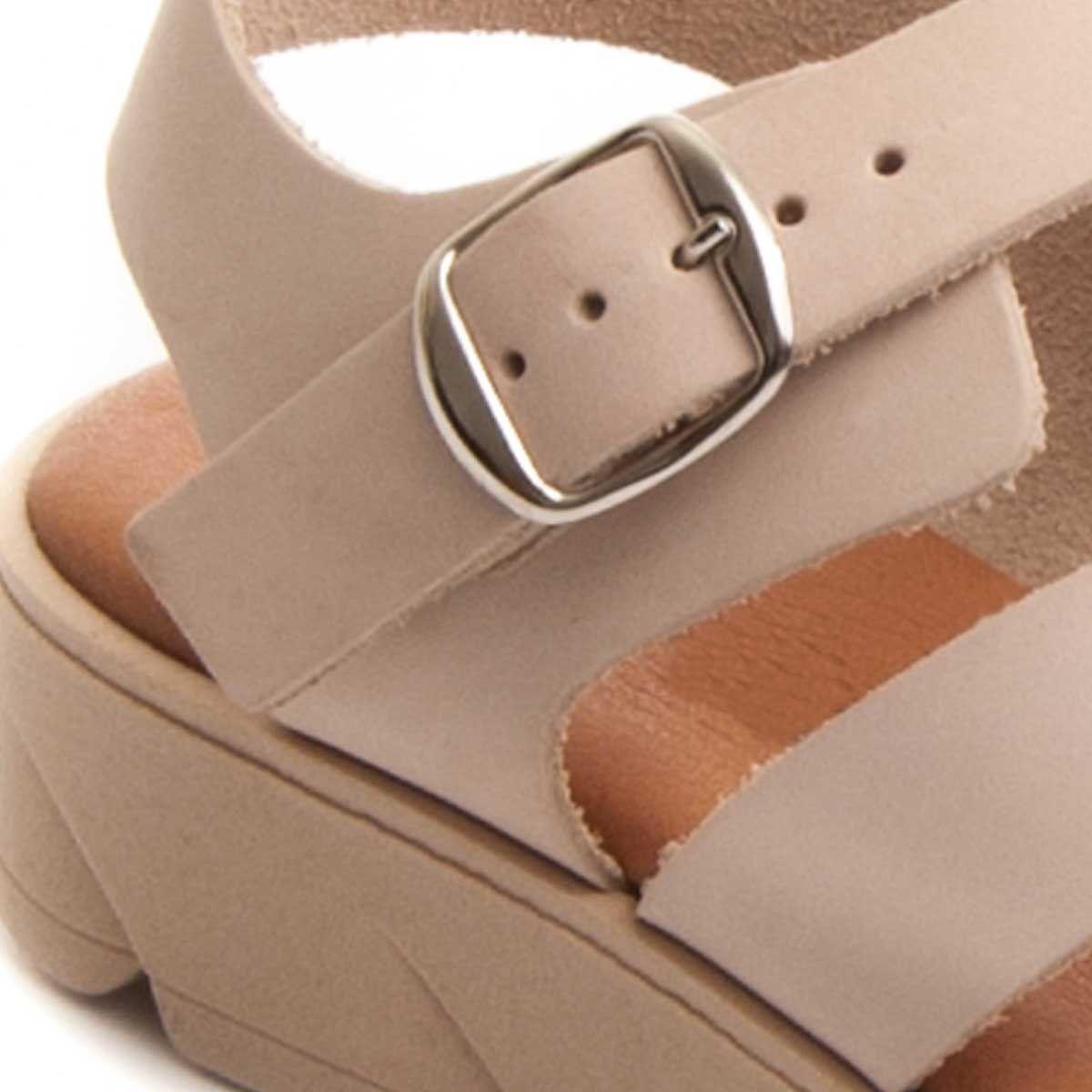 Purapiel Cross Strap Chunky Sandal in Beige