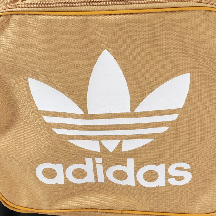 Accessories adidas Originals Classic Trefoil Backpack in Sand