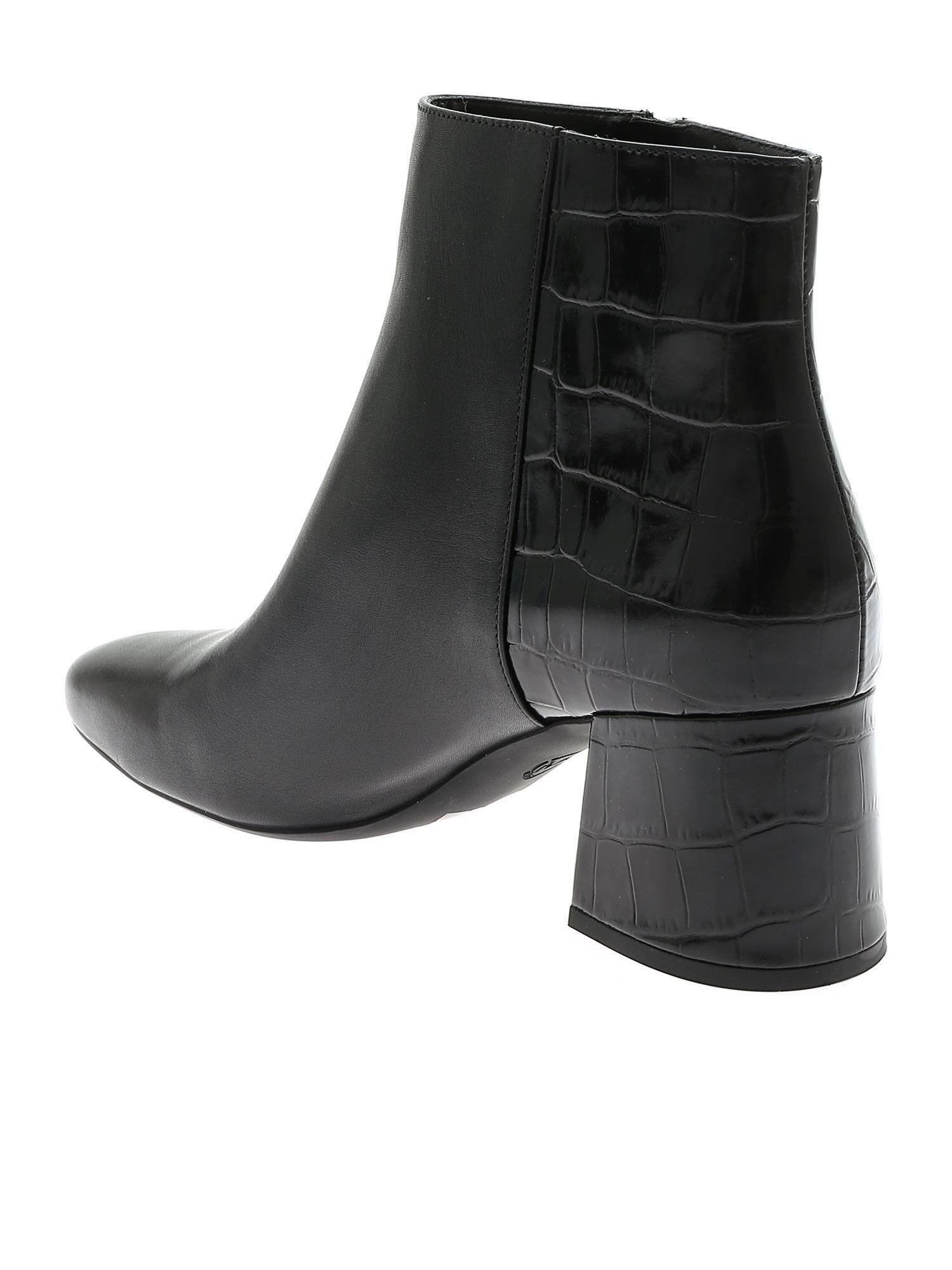 MICHAEL KORS WOMEN'S 40F9ALME8L001 BLACK LEATHER ANKLE BOOTS