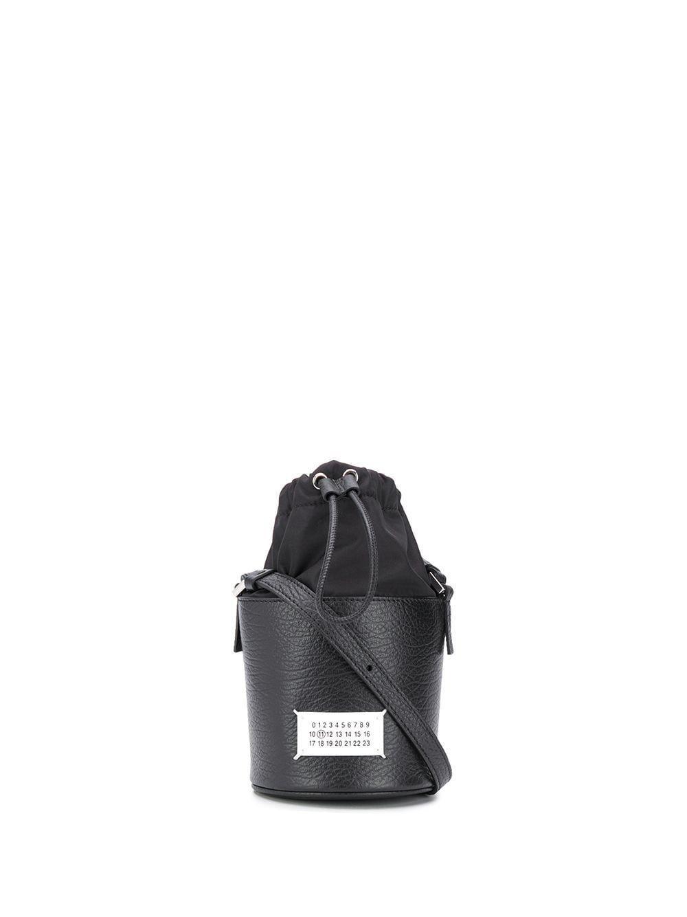 MAISON MARGIELA WOMEN'S S56WG0164P0396H7735 BLACK LEATHER SHOULDER BAG