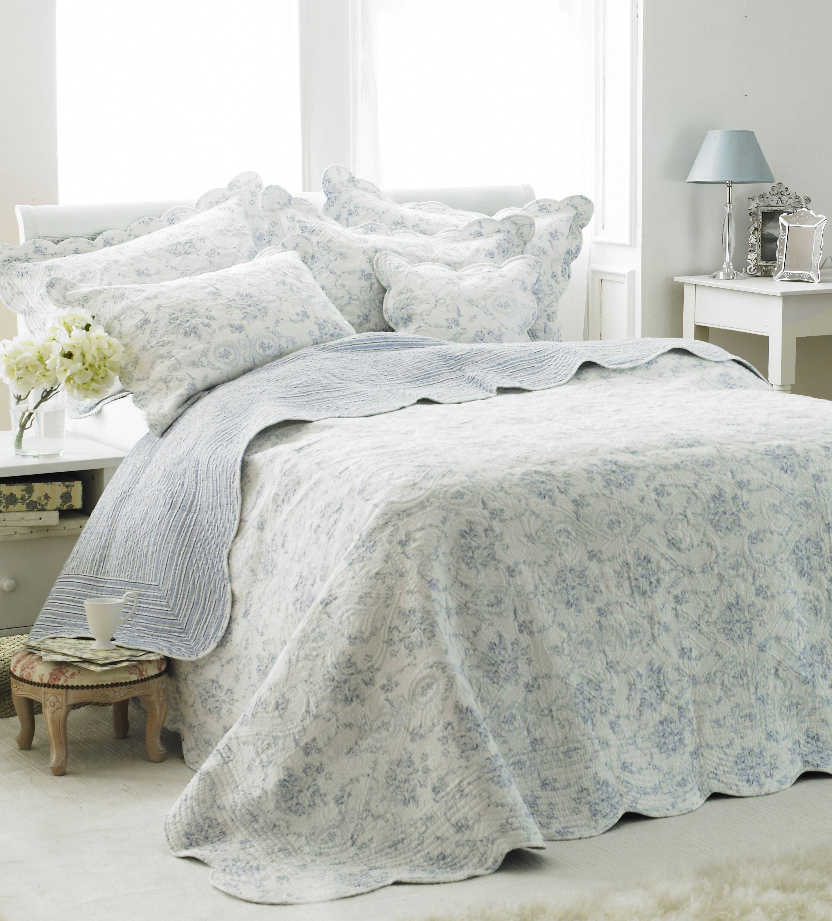 Etoille King Bedspread Blue
