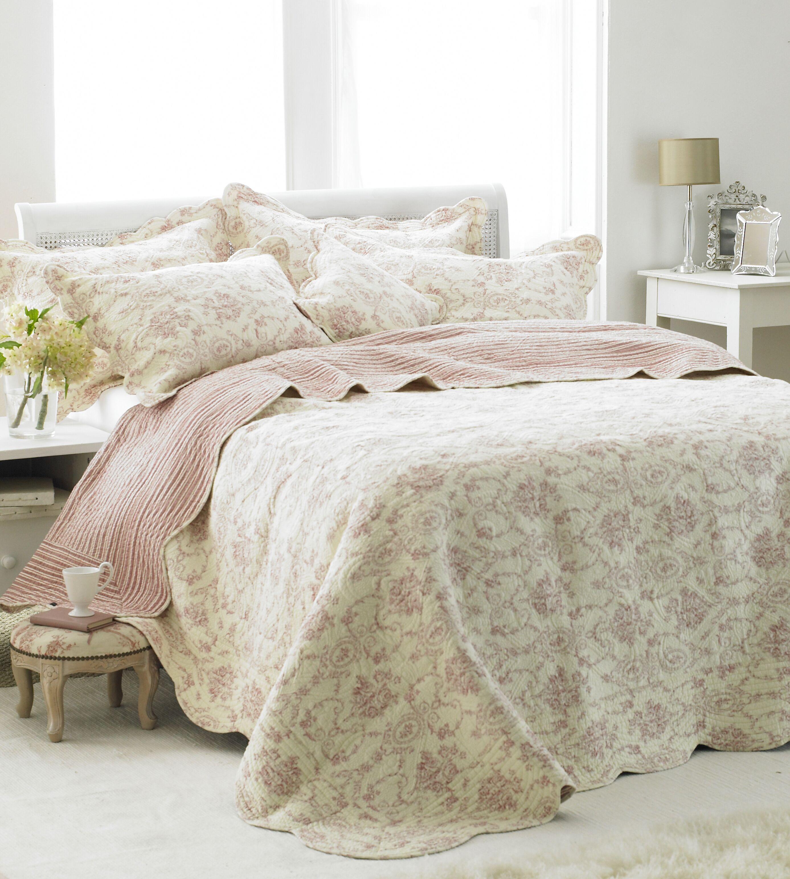 Etoille King Bedspread Pink