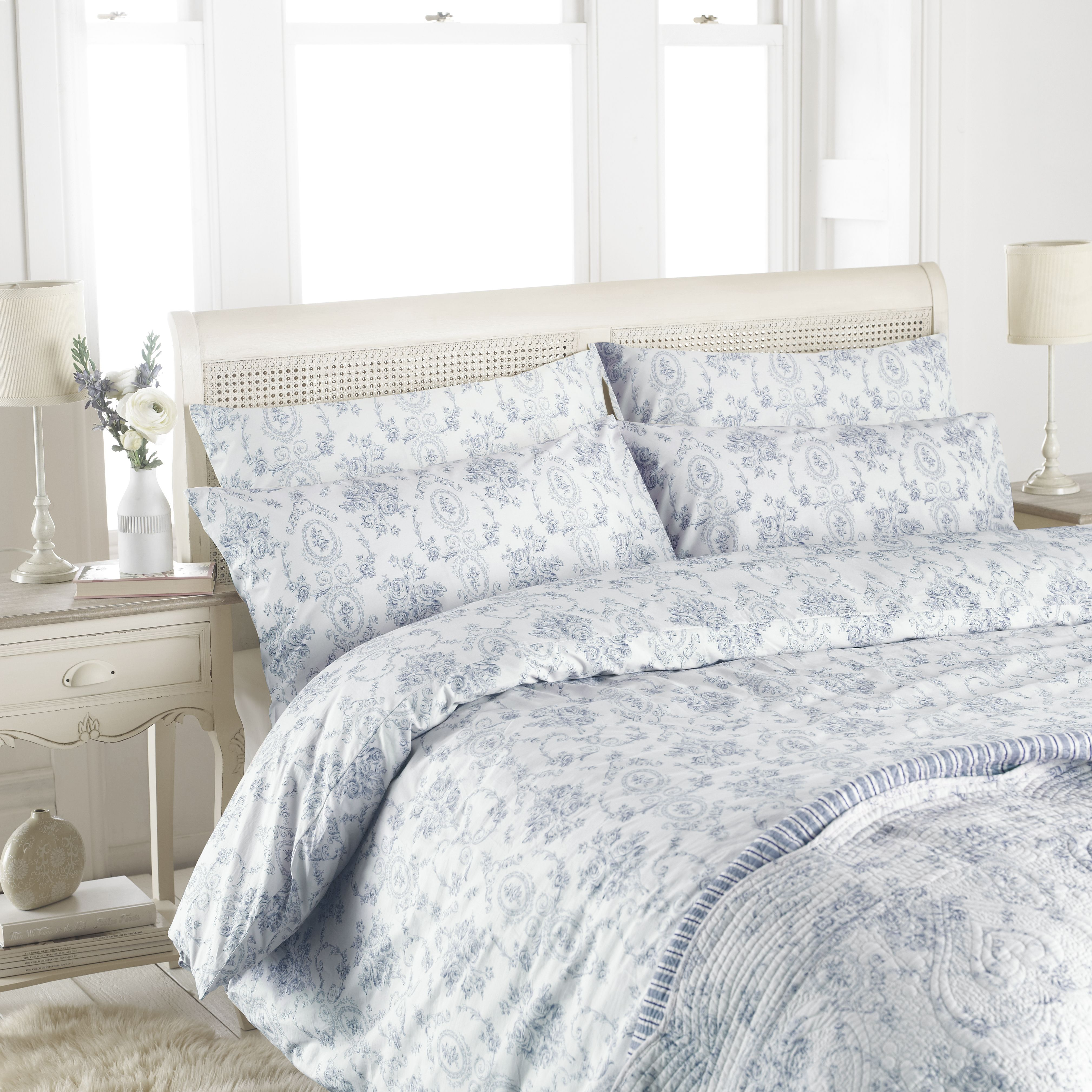 Etoille Pillow Sham Blue