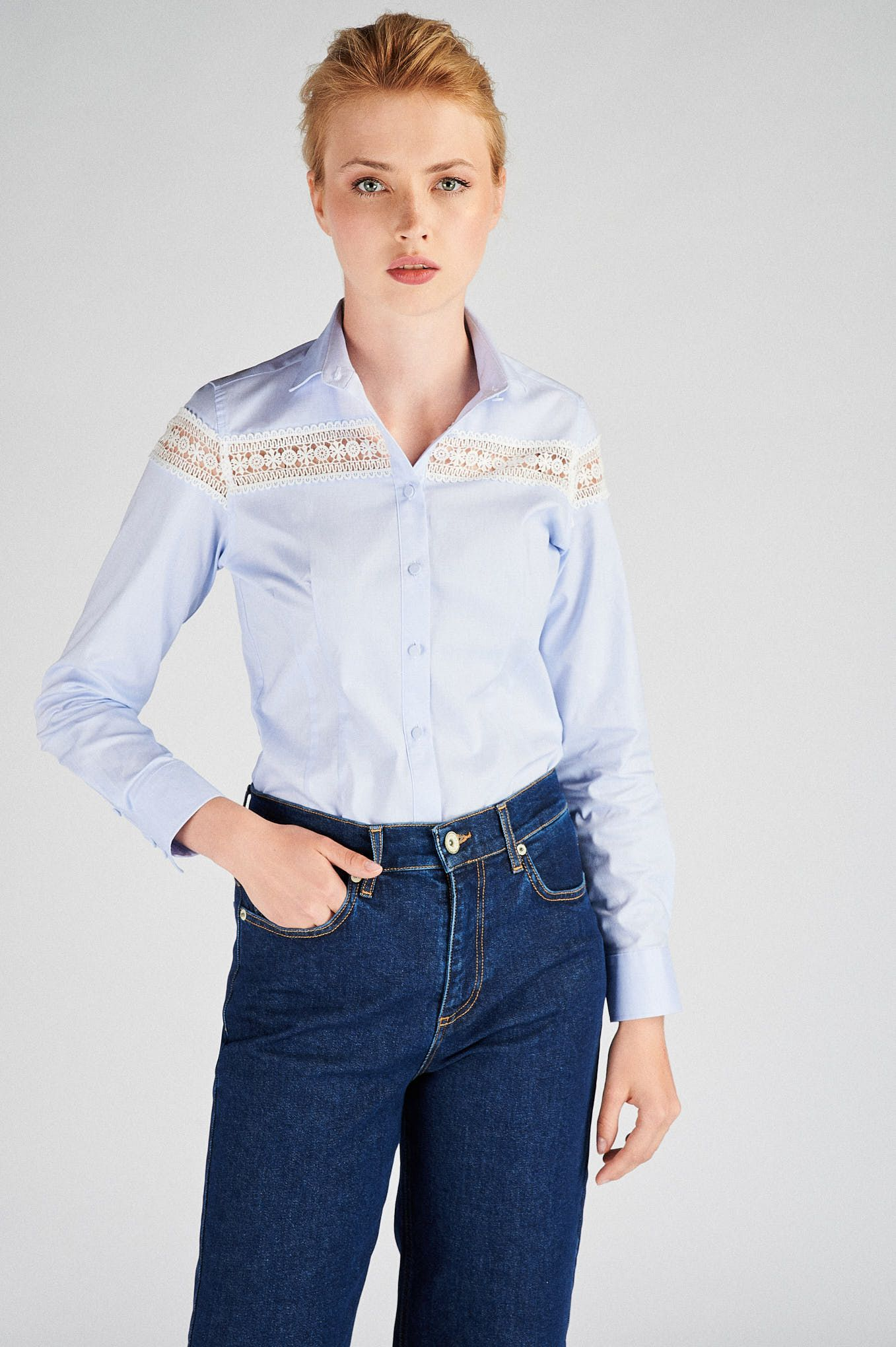 Women s  Classic Slim Fit Shirt with Lace