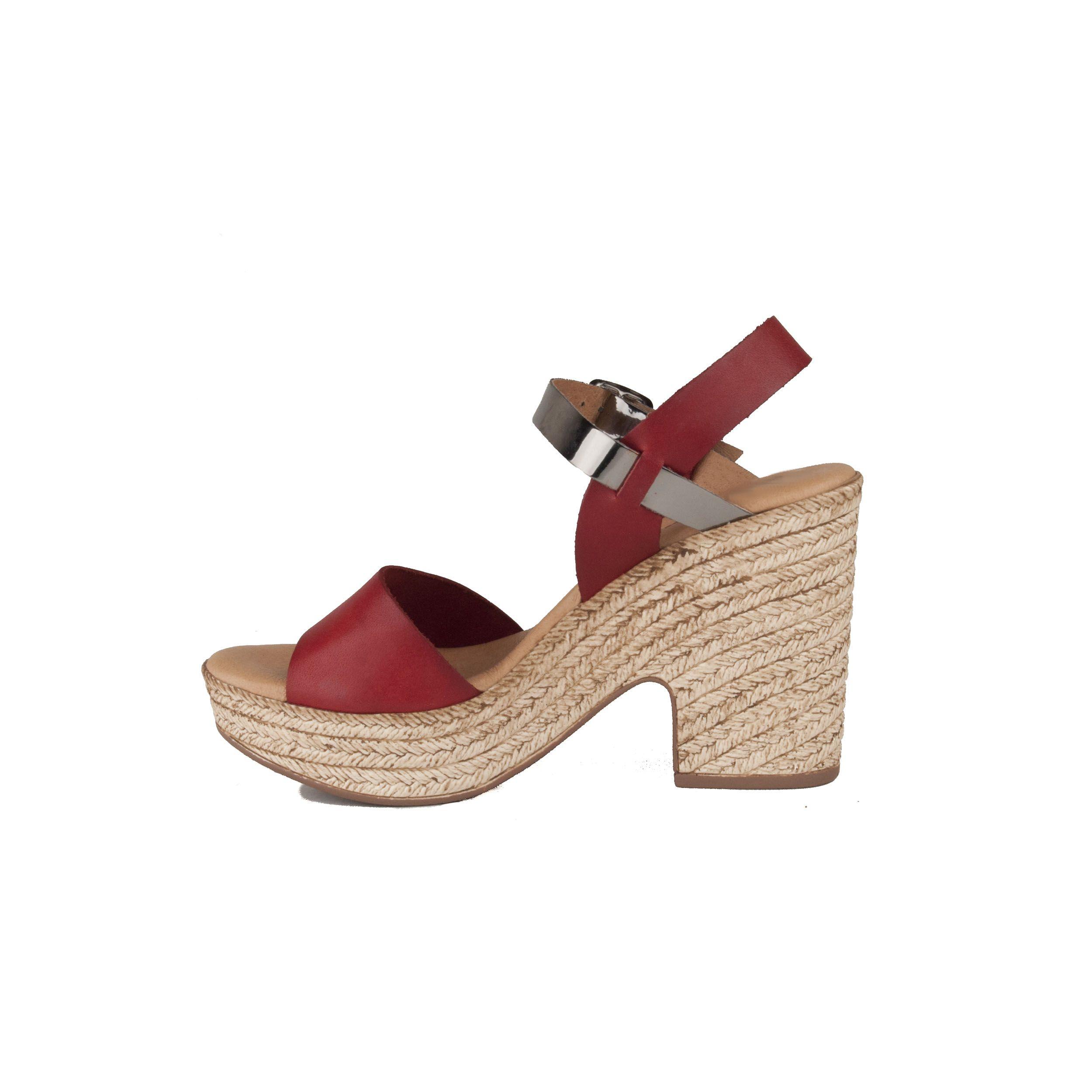Purapiel Chunky Heel Sandal in Red