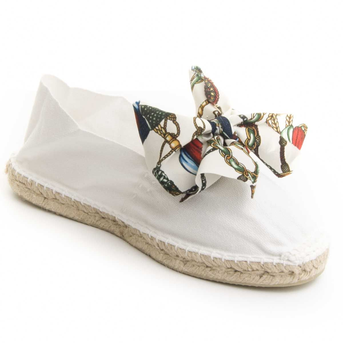 Maria Graor Bow Front Espadrille in White