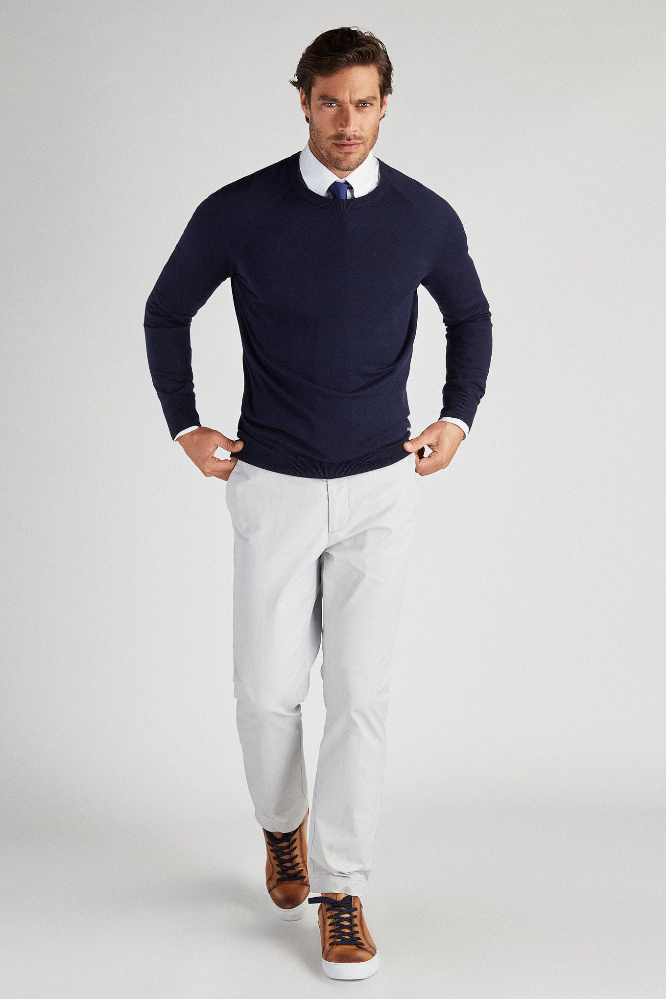 Men s Casual Knitted Sweater with Silk