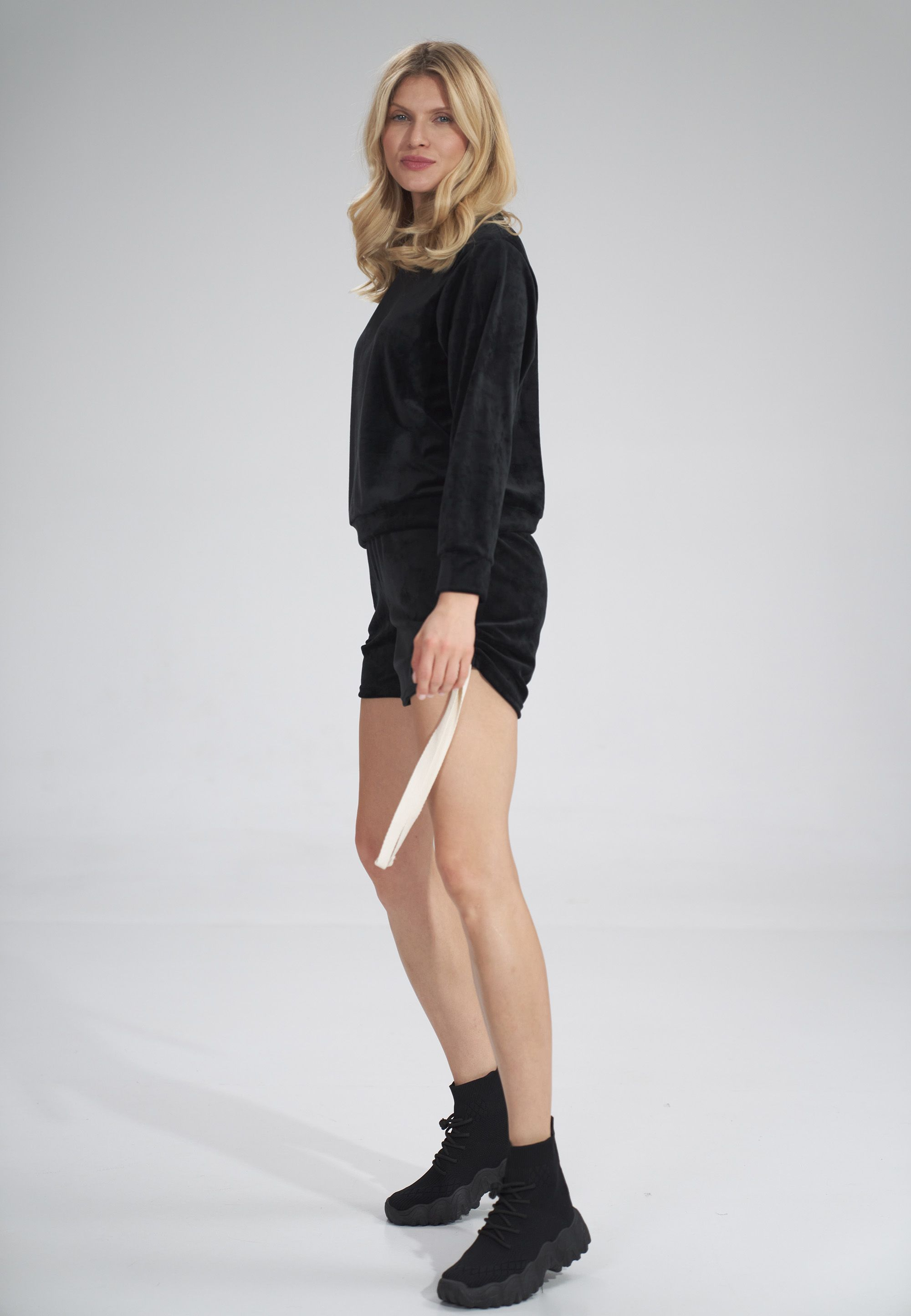 Short Velour Sweatshirt