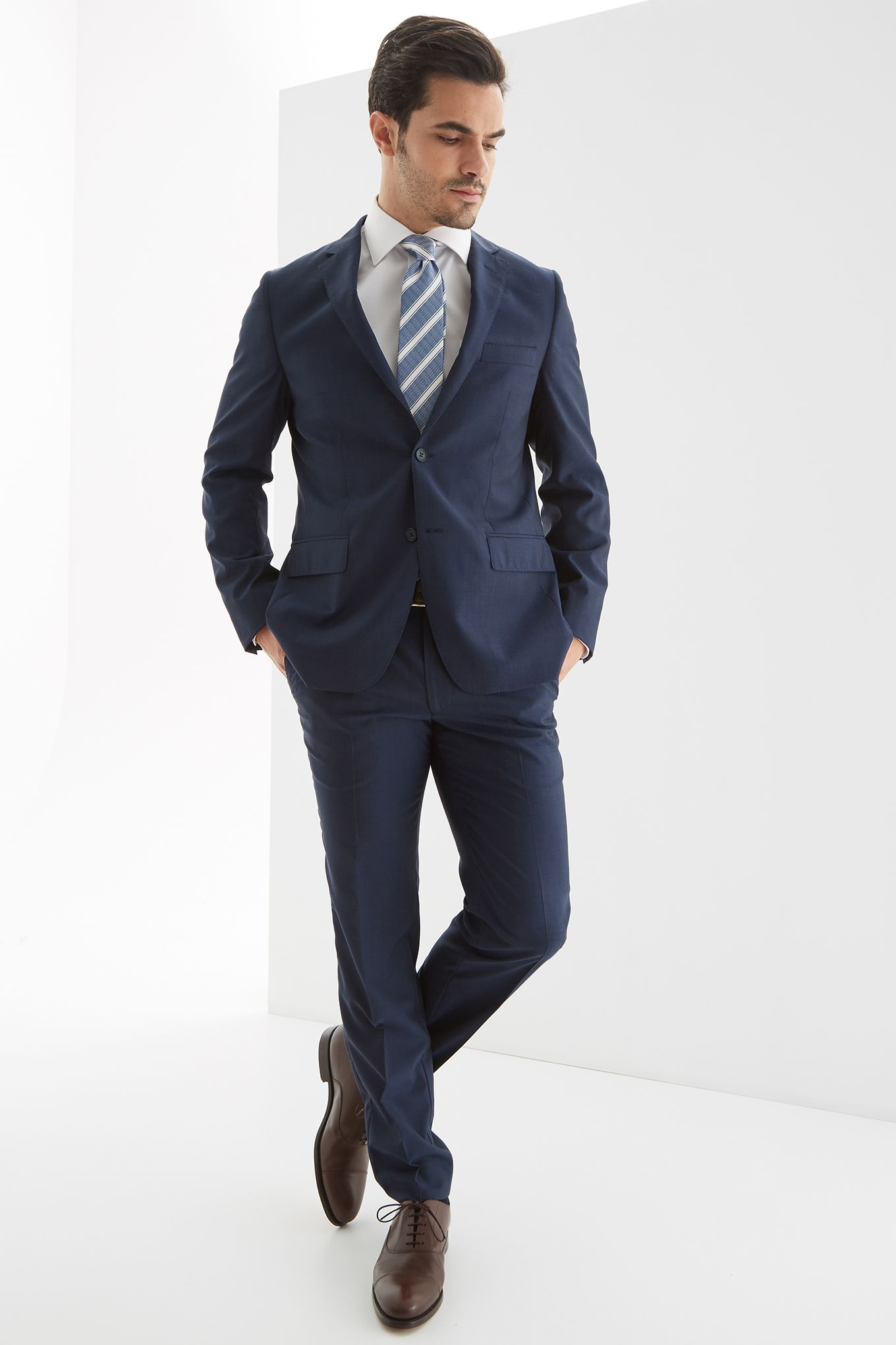 Men s Slim Fit Classic Suit.