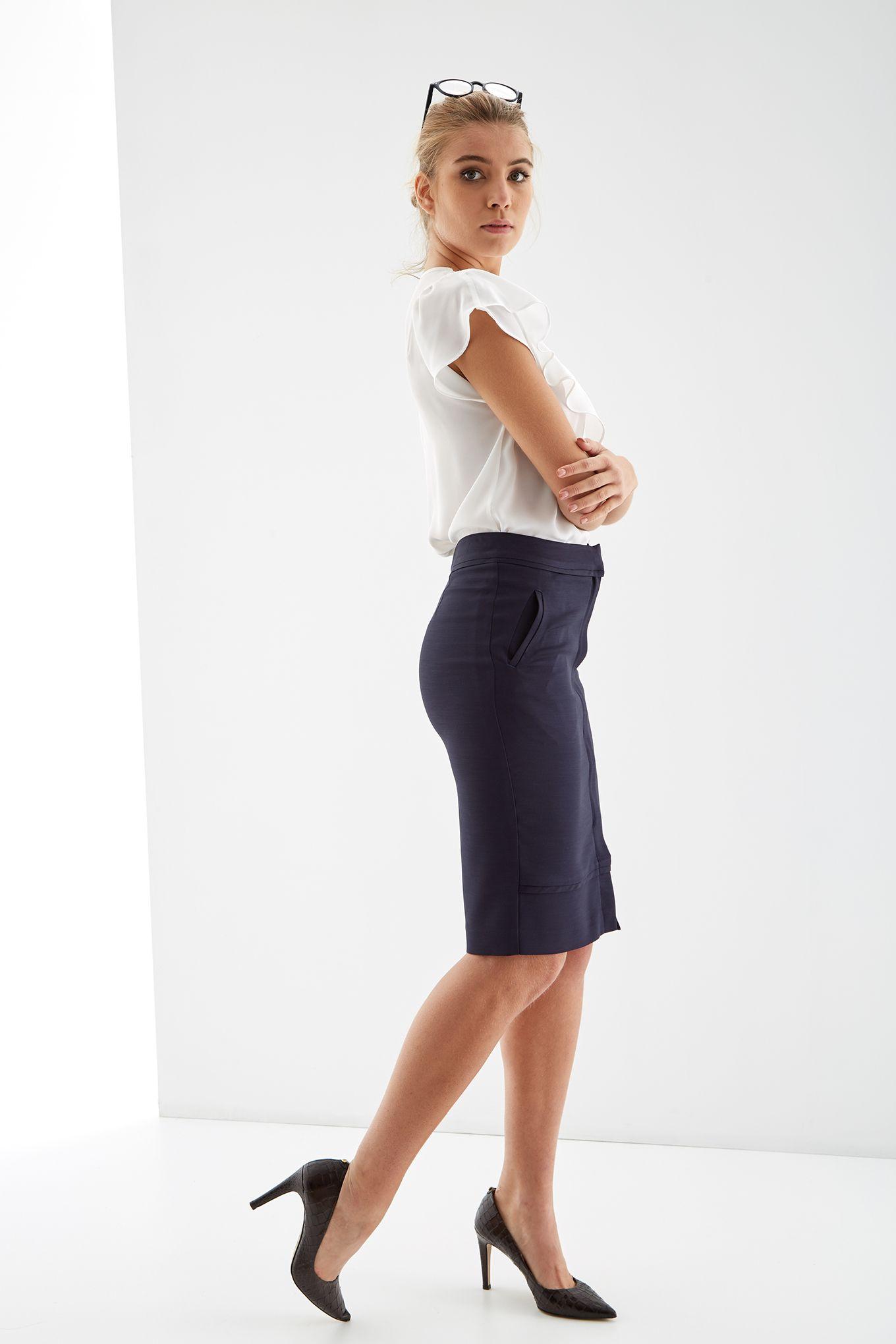 Women s Slim Fit Skirt