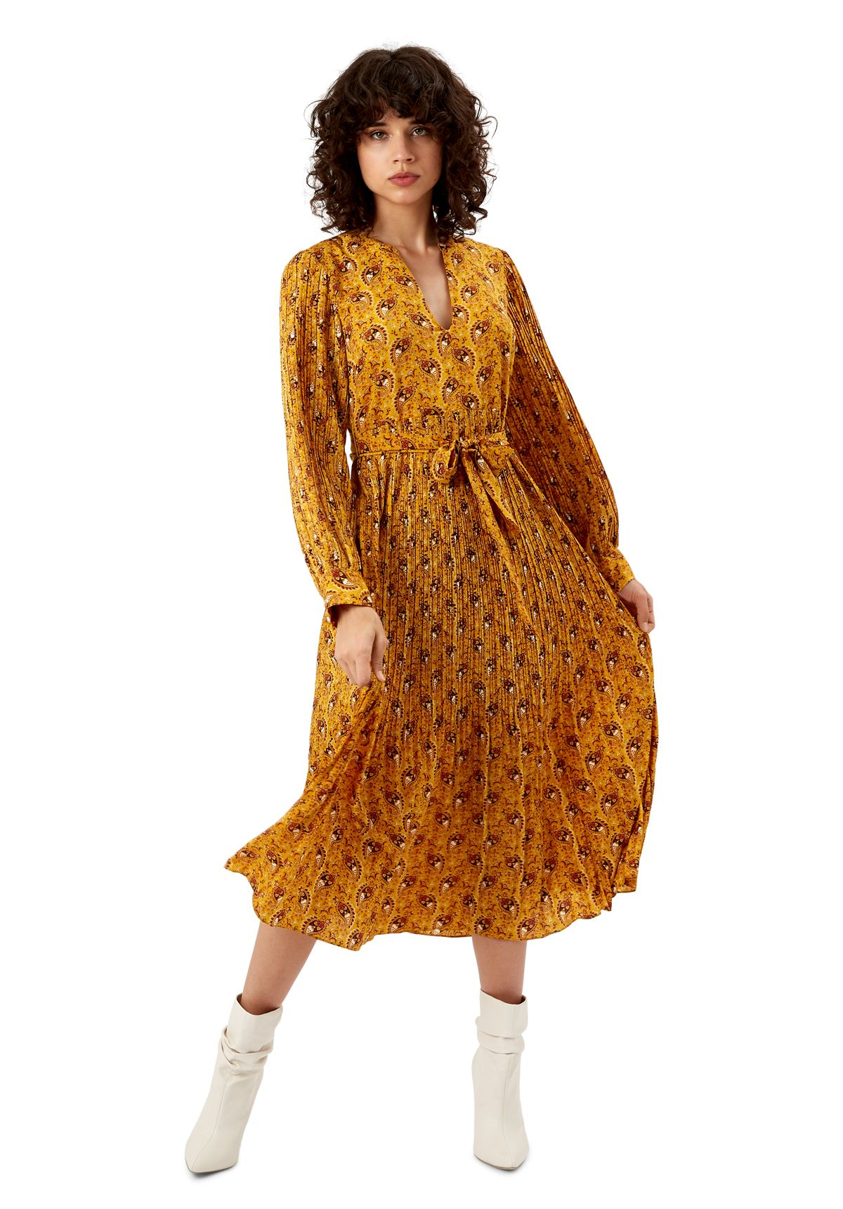 Paisley Print Fallen Maxi Dress in Yellow