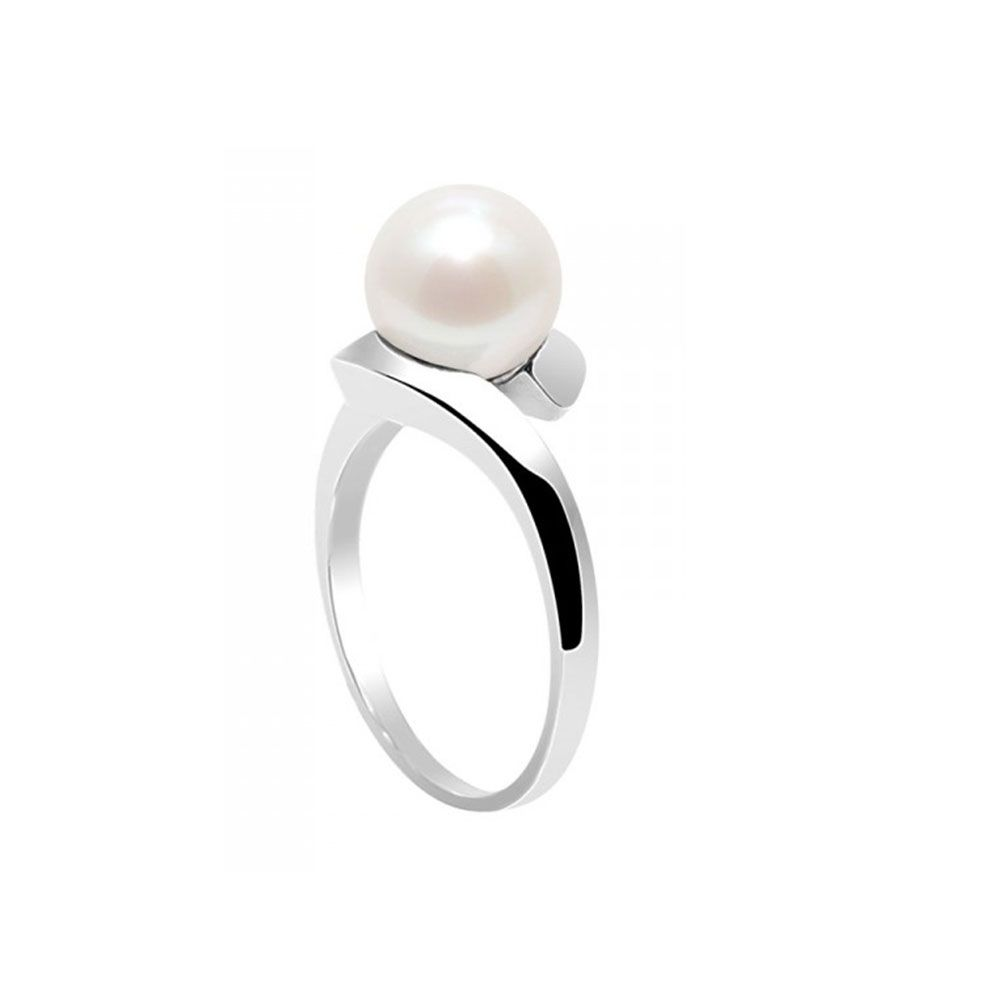 White Freshwater Pearl Ring and 925 Silver