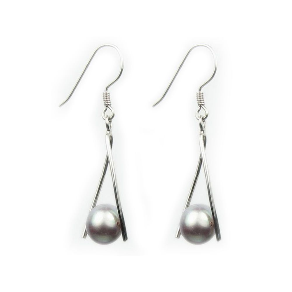 Lavander Freshwater Pearls Women Dangling Earrings and Silver Mounting