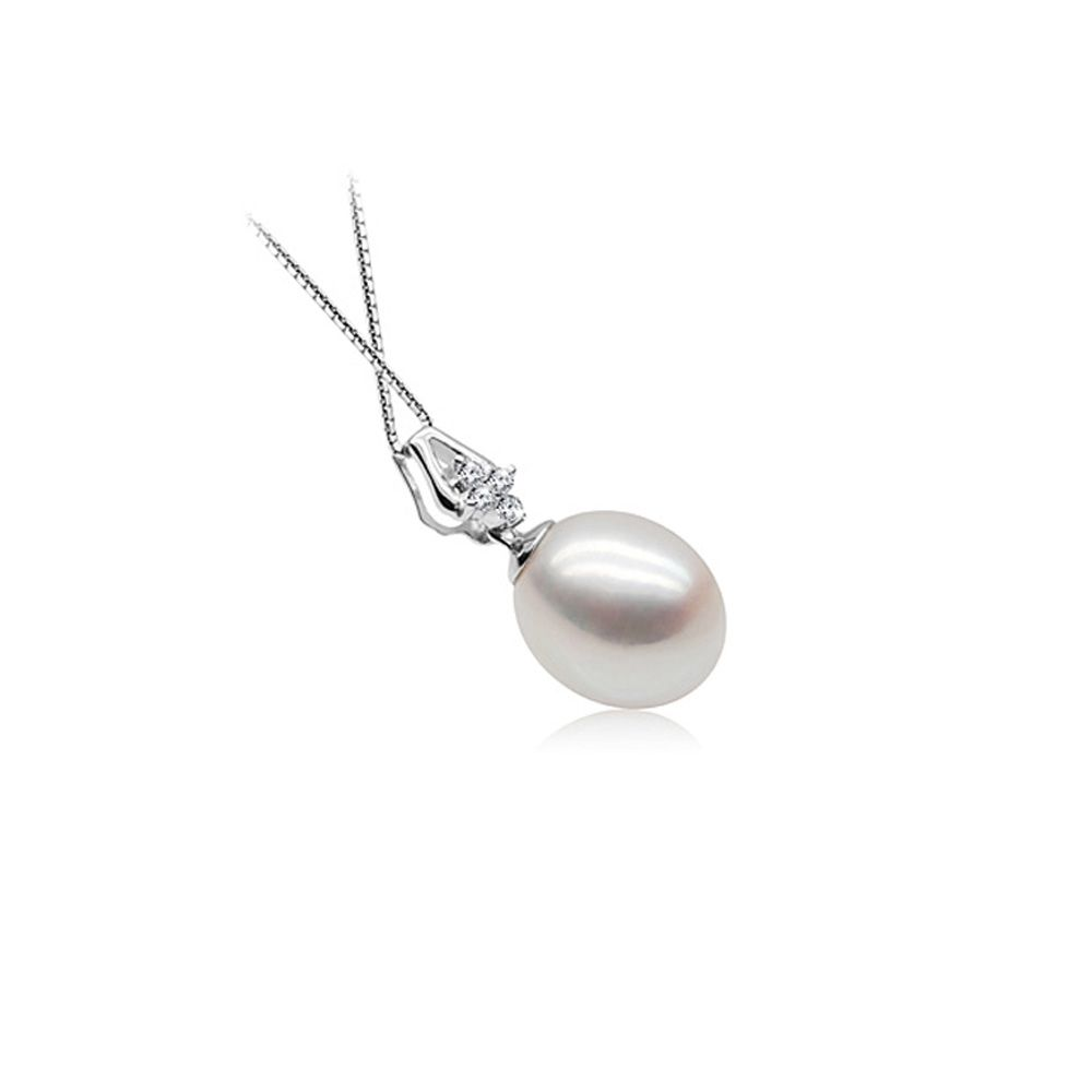 White Freshwater Pearl Pendant 925 Silver and Cubic Zirconia