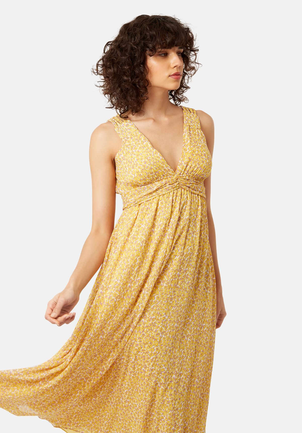 Sleeveless Summer Dreams Maxi Dress in Yellow Animal Print