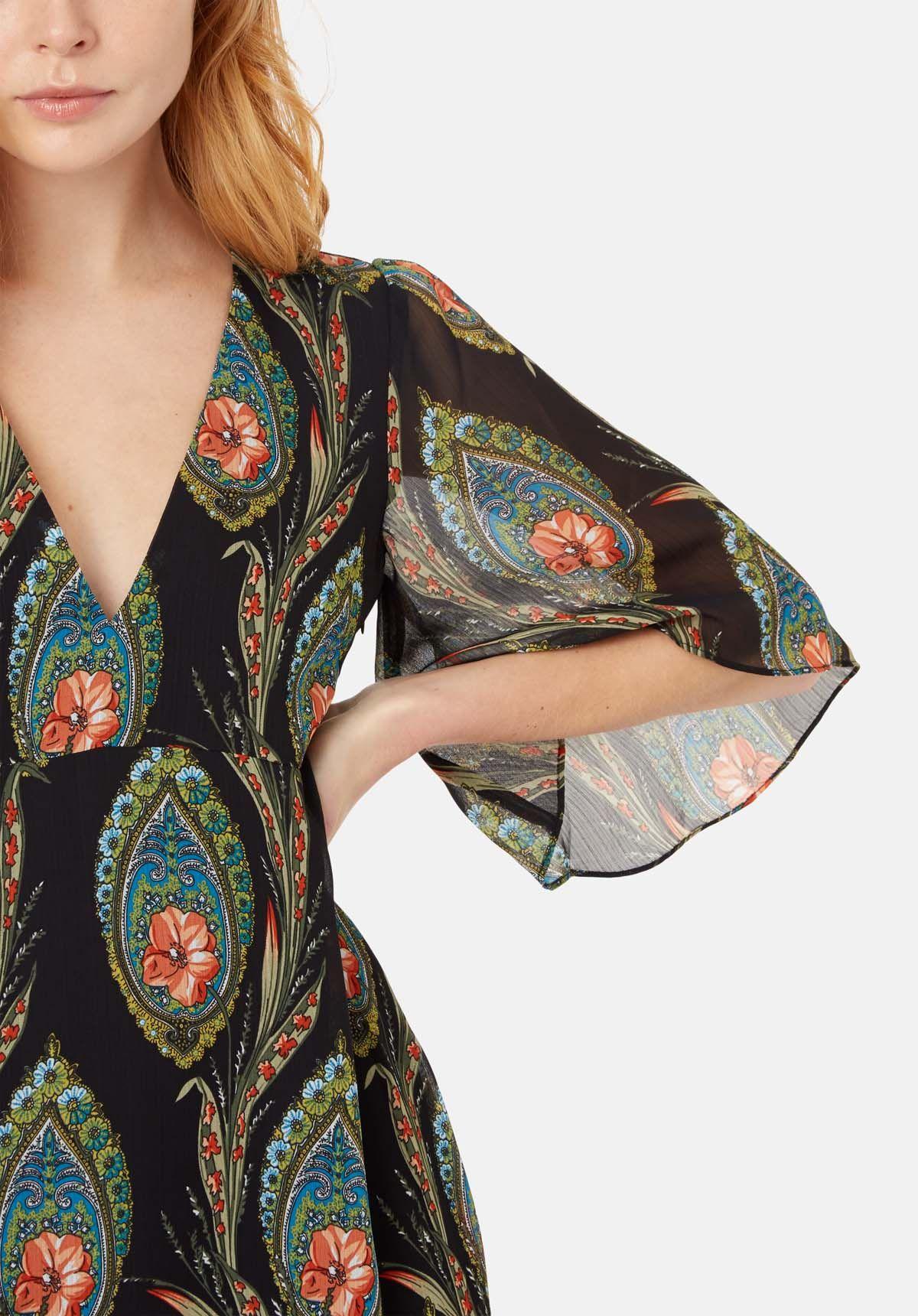 Ophelia Midi V-neck Dress in Black