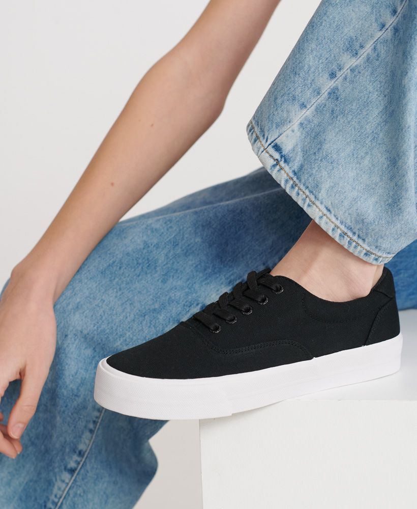 Superdry Classic Lace Up Trainer