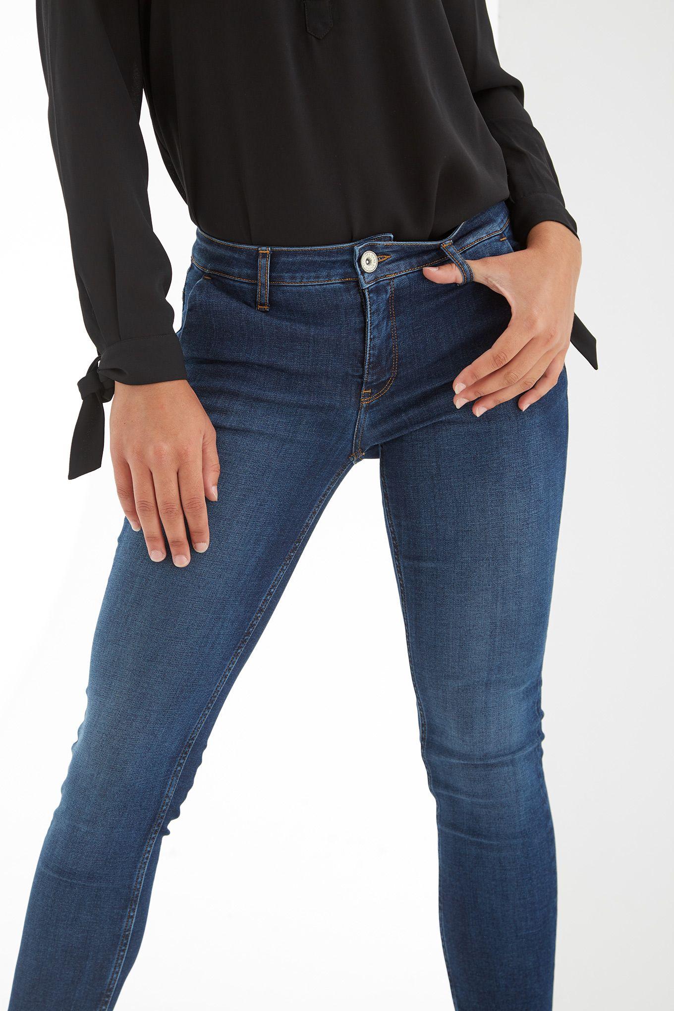 Women s Slim Chino Jeans