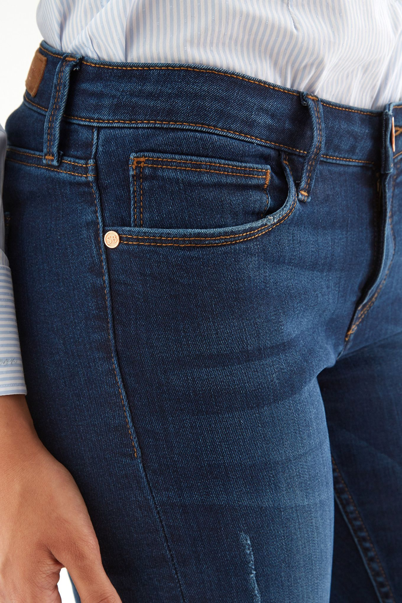 Women s Low-Rise Waist Jeans