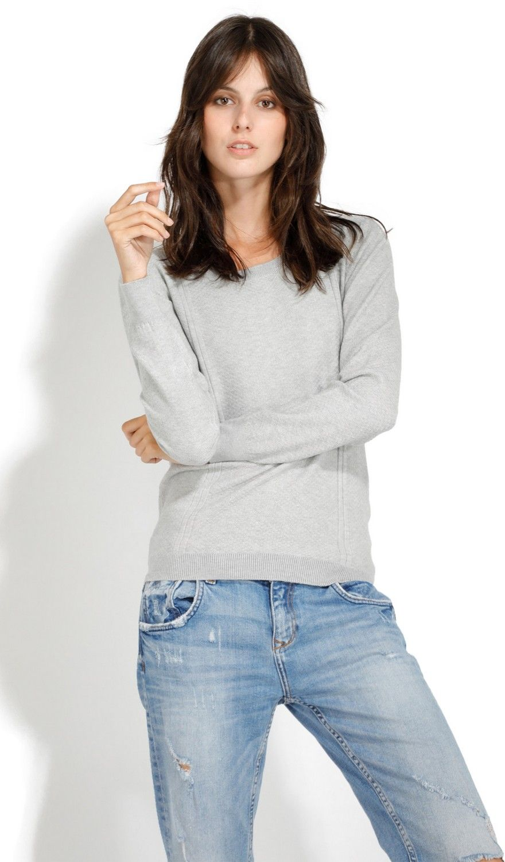 William De Faye Round Neck Long Sleeve Sweater in Light Grey