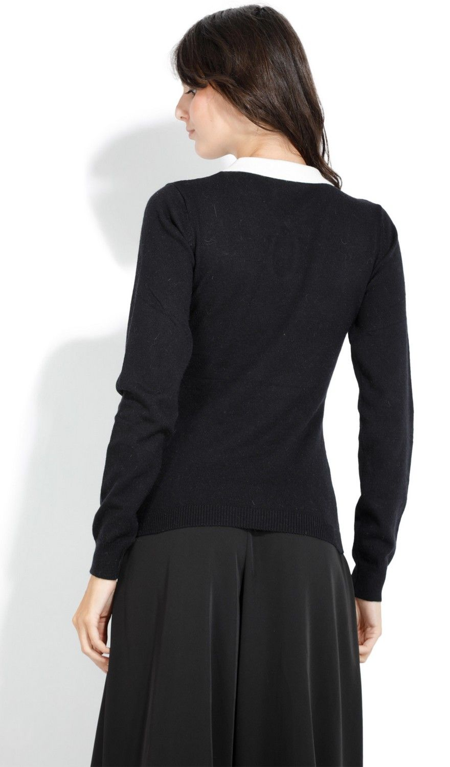 William De Faye Round Neck Keyhole with Diamond Button Sweater in Black