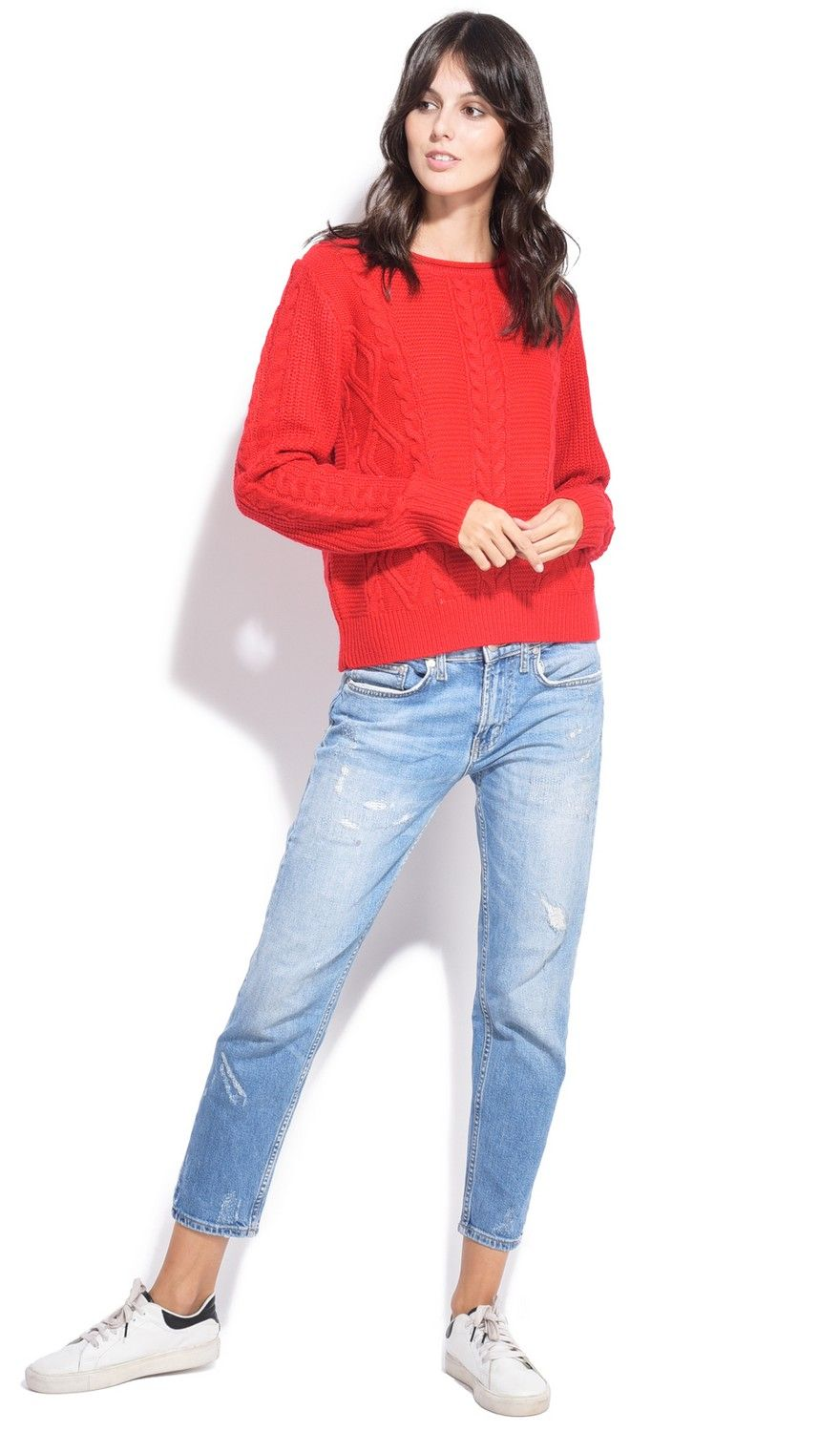 William De Faye Round Neck Twisted Yarn Sweater in Red
