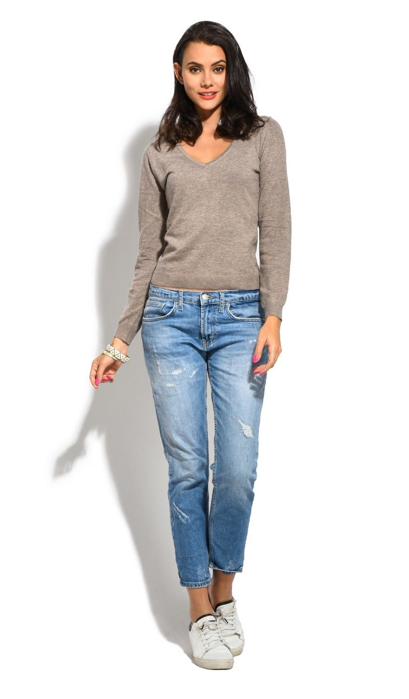 William De Faye V-Neck Long Sleeve Sweater in Beige