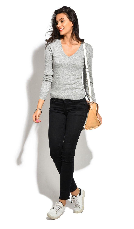William De Faye V-Neck Long Sleeve Sweater in Grey