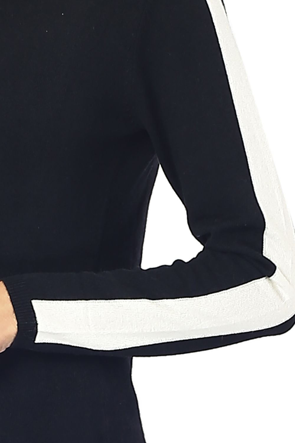 William De Faye Round Neck Sweater with Two-tone Sleeves in Black