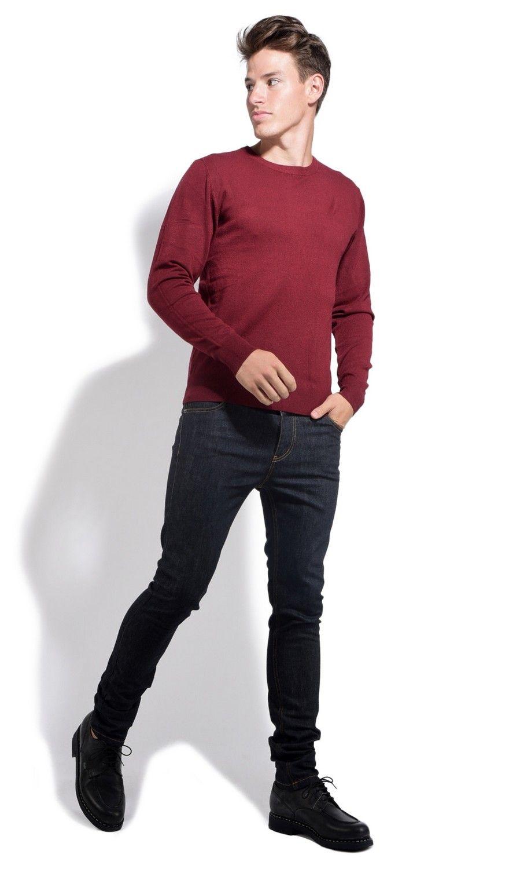 William De Faye Round Neck Long Sleeve Sweater in Maroon