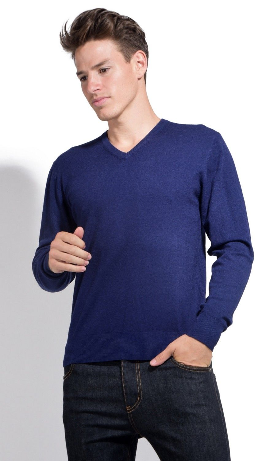 William De Faye V-neck Sweater with Contrasting Inner Collar in Navy