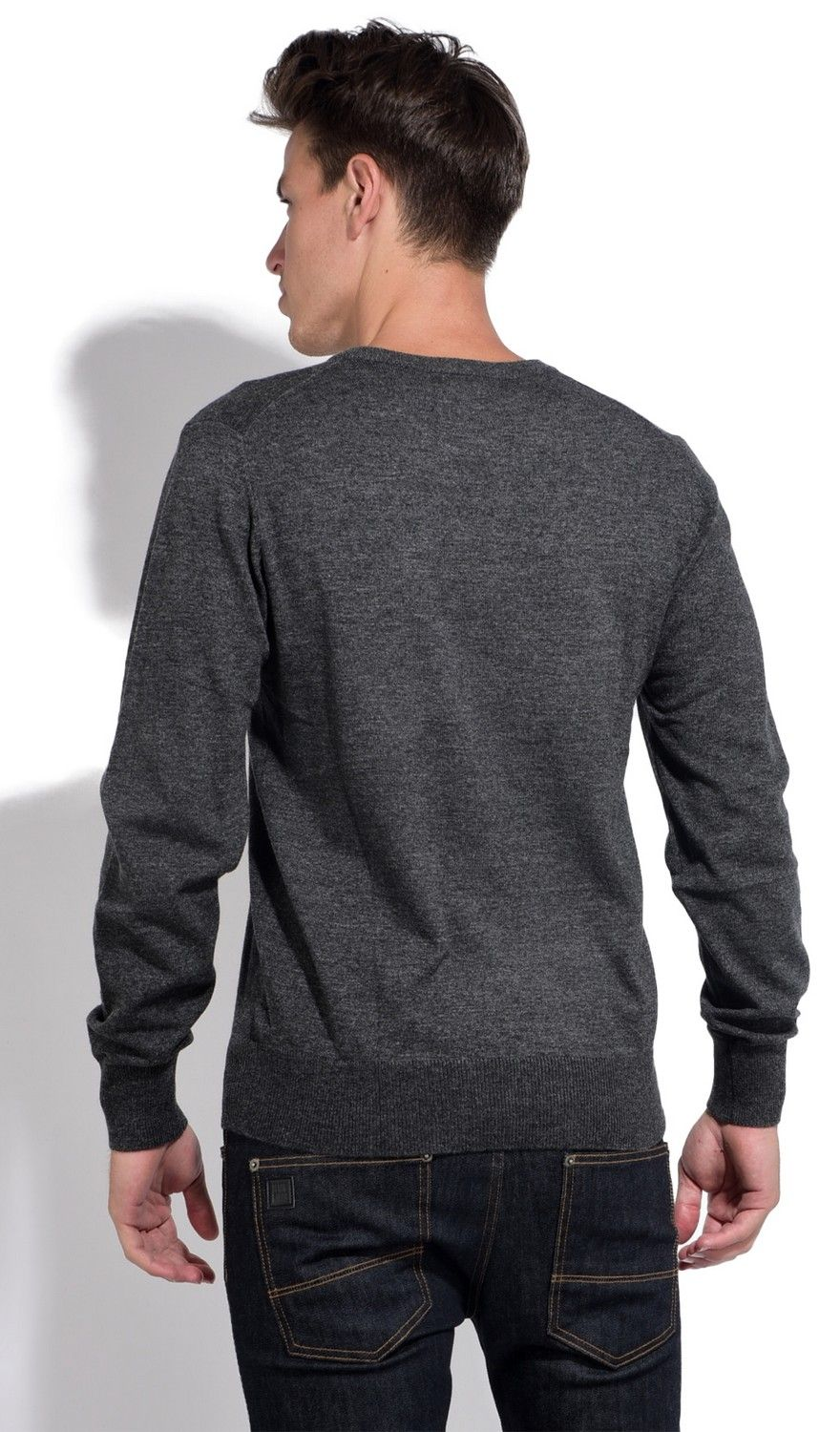 William De Faye V-neck Sweater with Contrasting Inner Collar in Grey