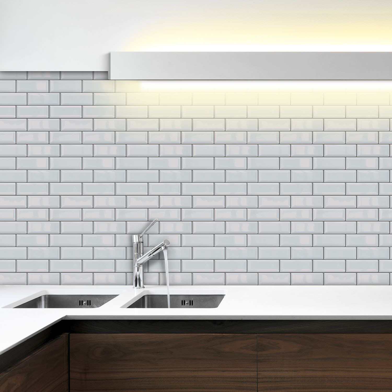 White Metro Glossy  Sticker Tiles 30 x 15cm Premium Wall Splashbacks Mosaics, Self adhesive, Glass Effect, Peel and Stick, Bathroom Decoration, DIY, Kitchen Decor