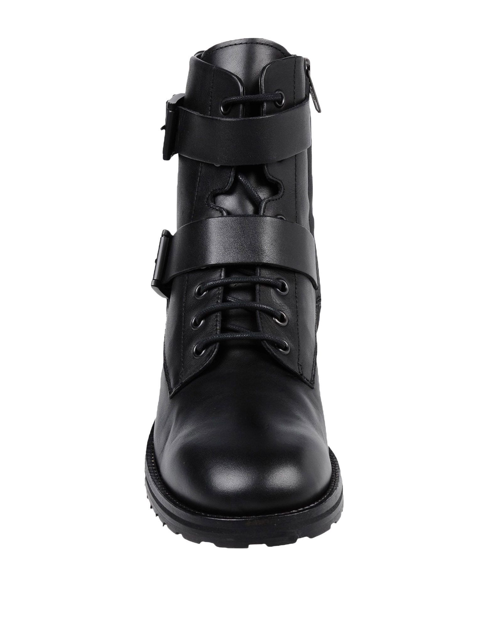 Lemare Black Leather Boots
