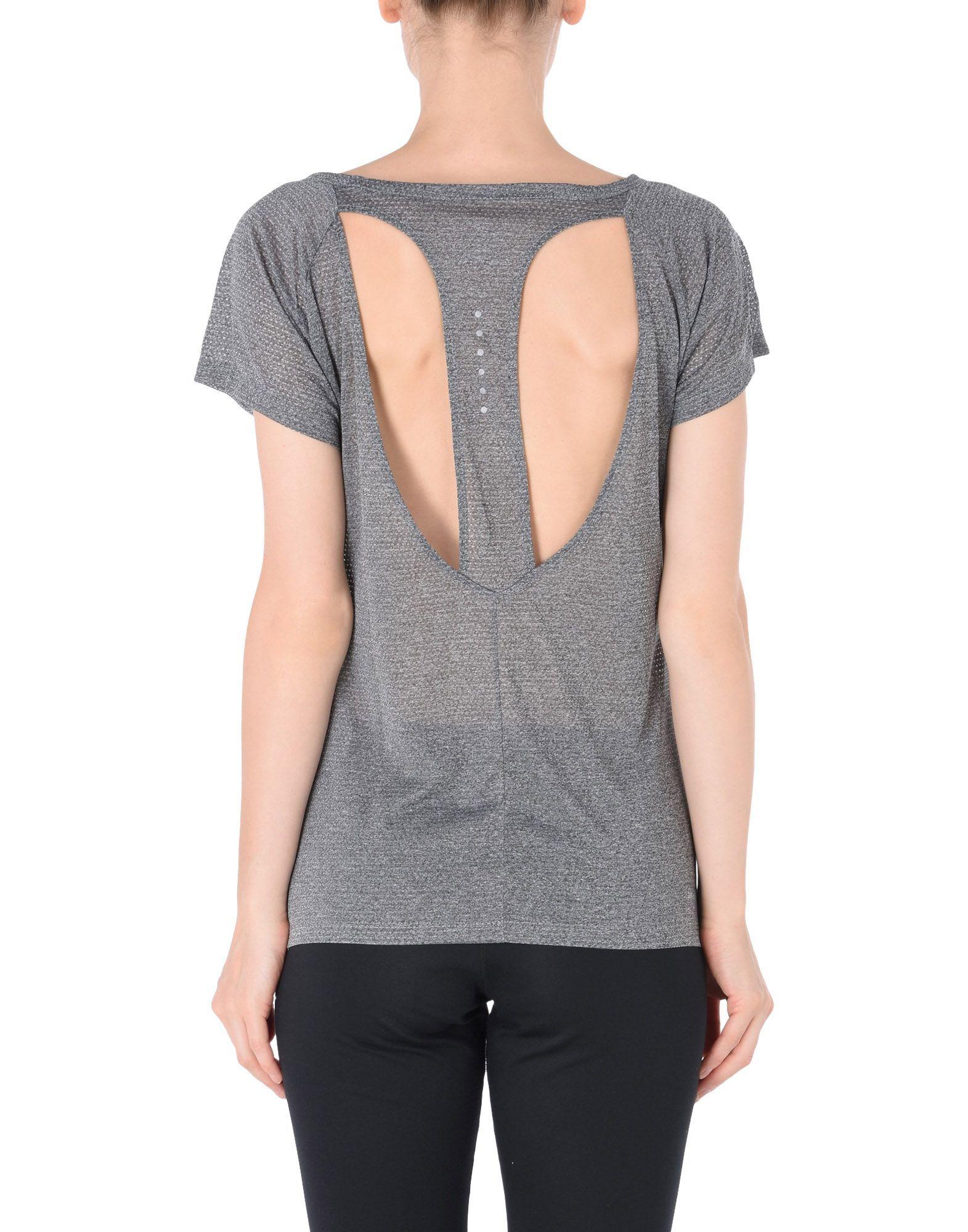 Nike Woman T-shirts
