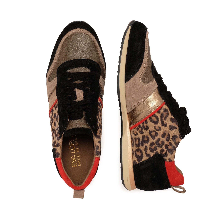 Eva López Leather Sneaker Women Laces Black Shoes