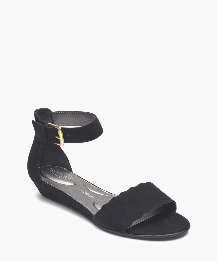 Zandra Curve black sandals