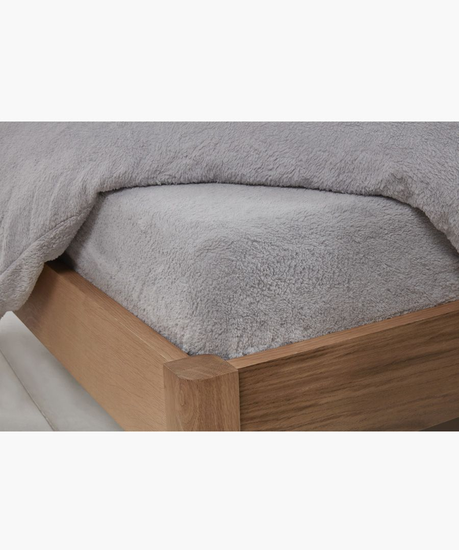 Grey double teddy fitted sheet