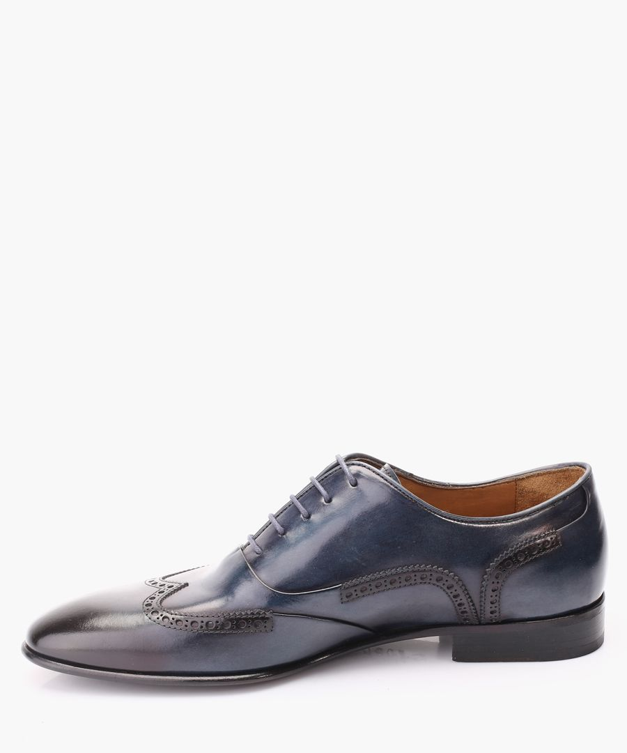 Blue leather Oxford shoes