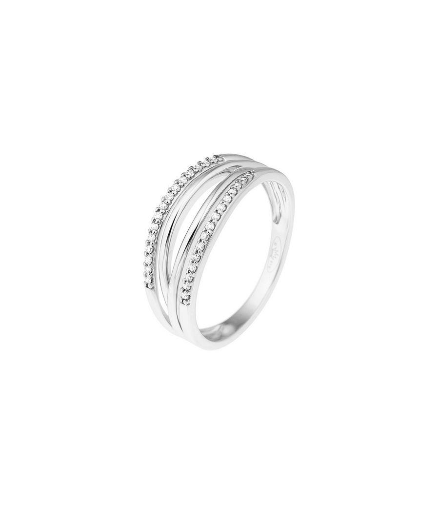 0.08ct diamonds & 9k white gold ring