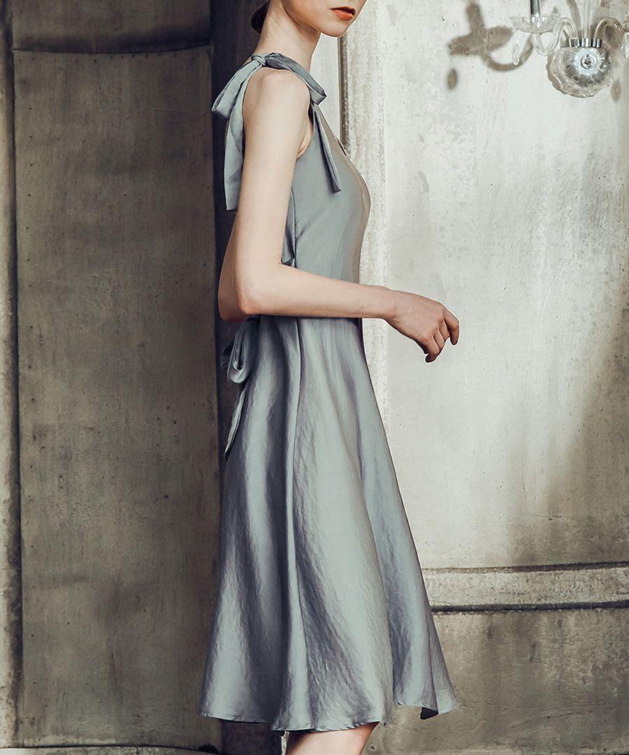 Grey satin bow-shoulder nightdress