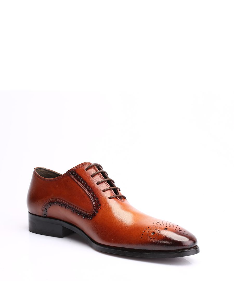 Men's tan Derby shoes