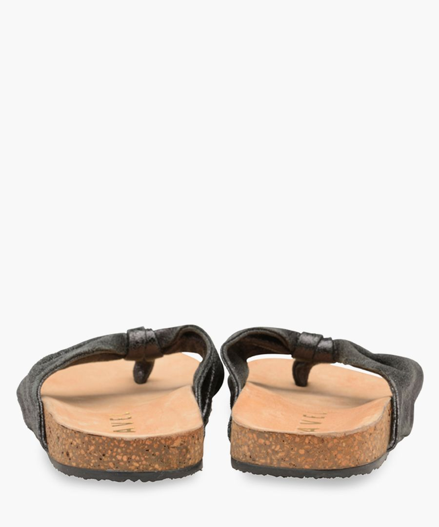 Black leather thick Y sandals