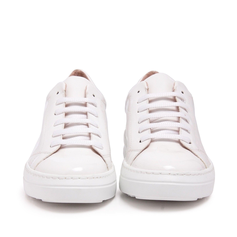 Classic Sport Shoes Laces Women Sneakers White María Barceló