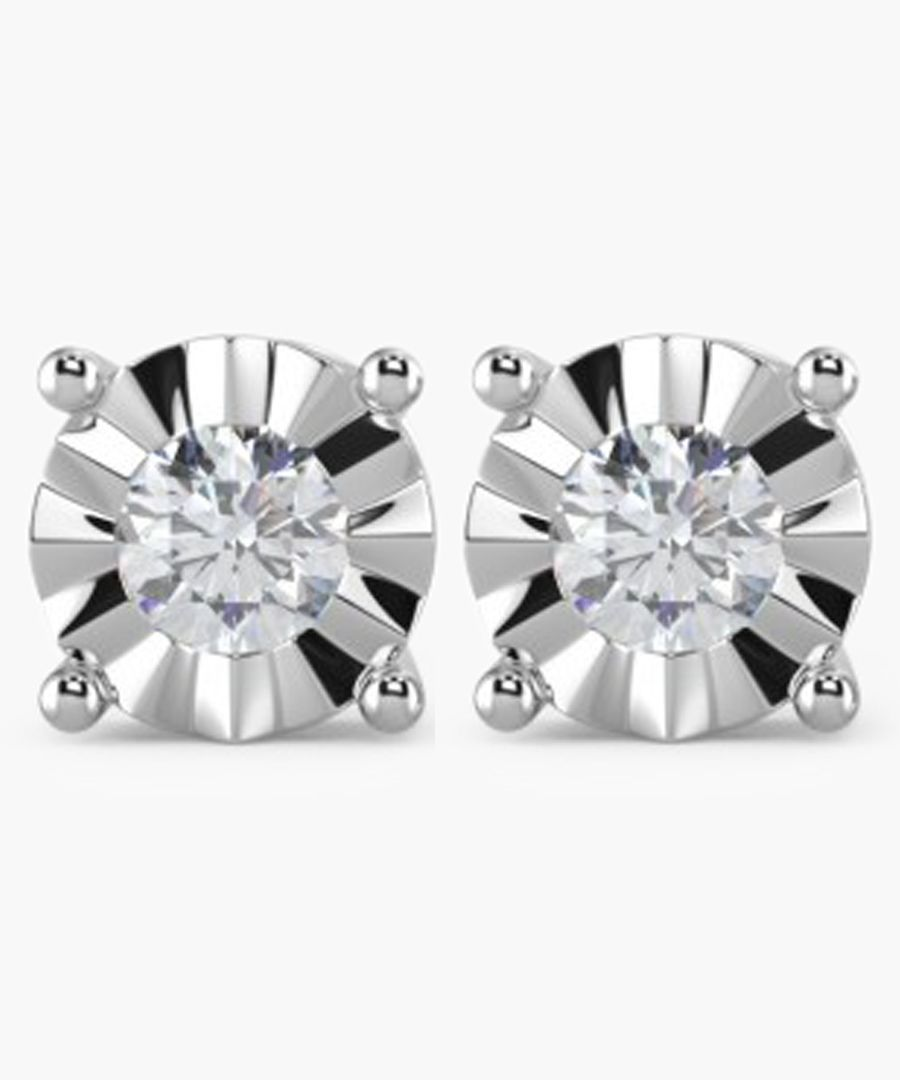 9k white gold and 0.15ct round diamond earrings