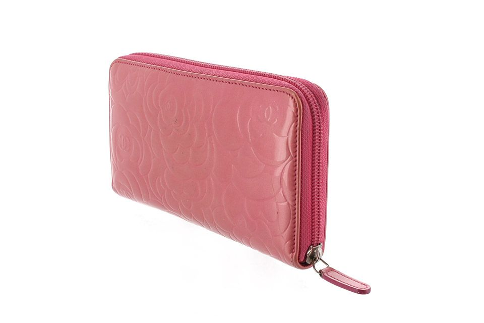 Vintage Chanel Camellia Patent Leather Wallet Pink