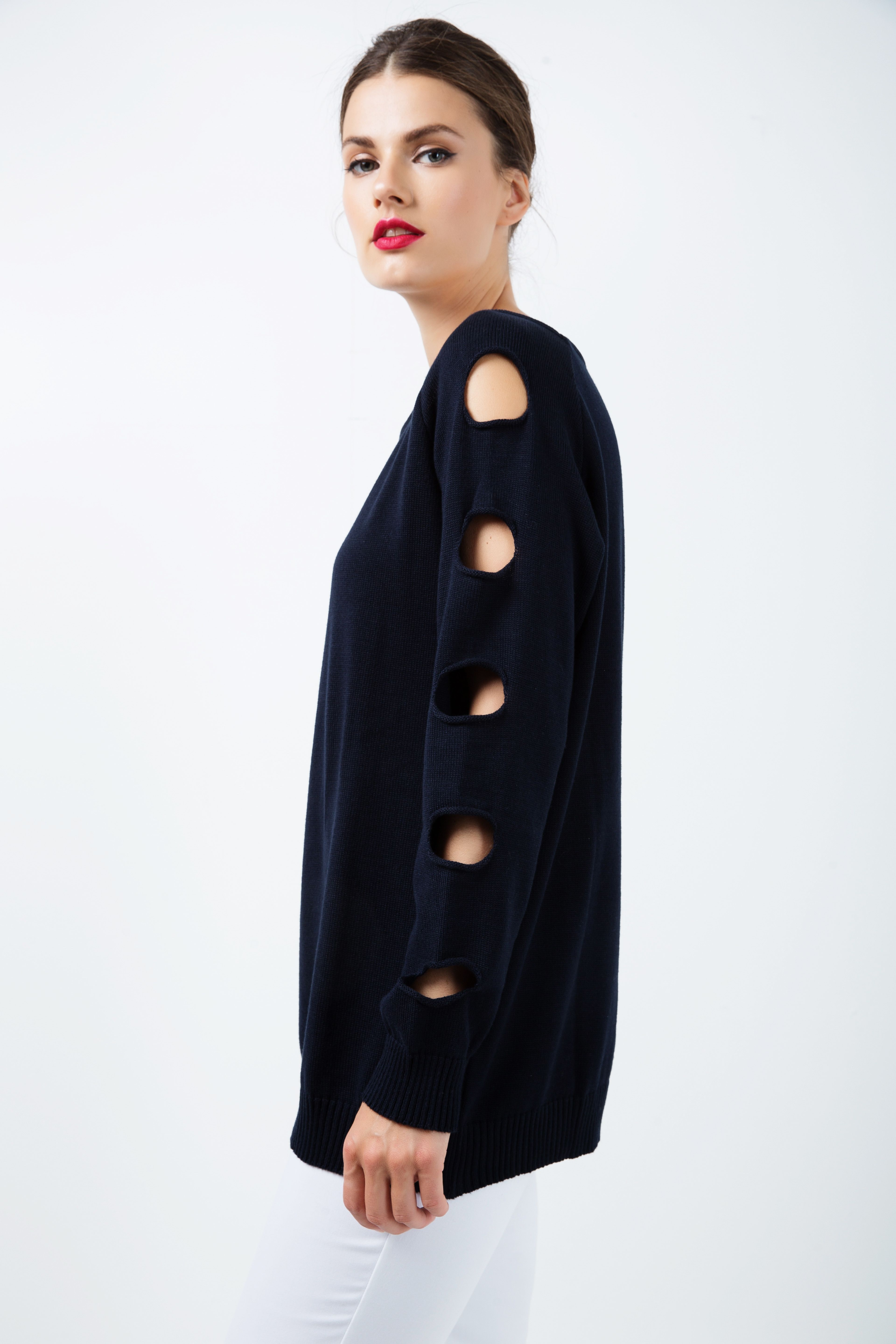 Hole Detail Loose Blue Sweater