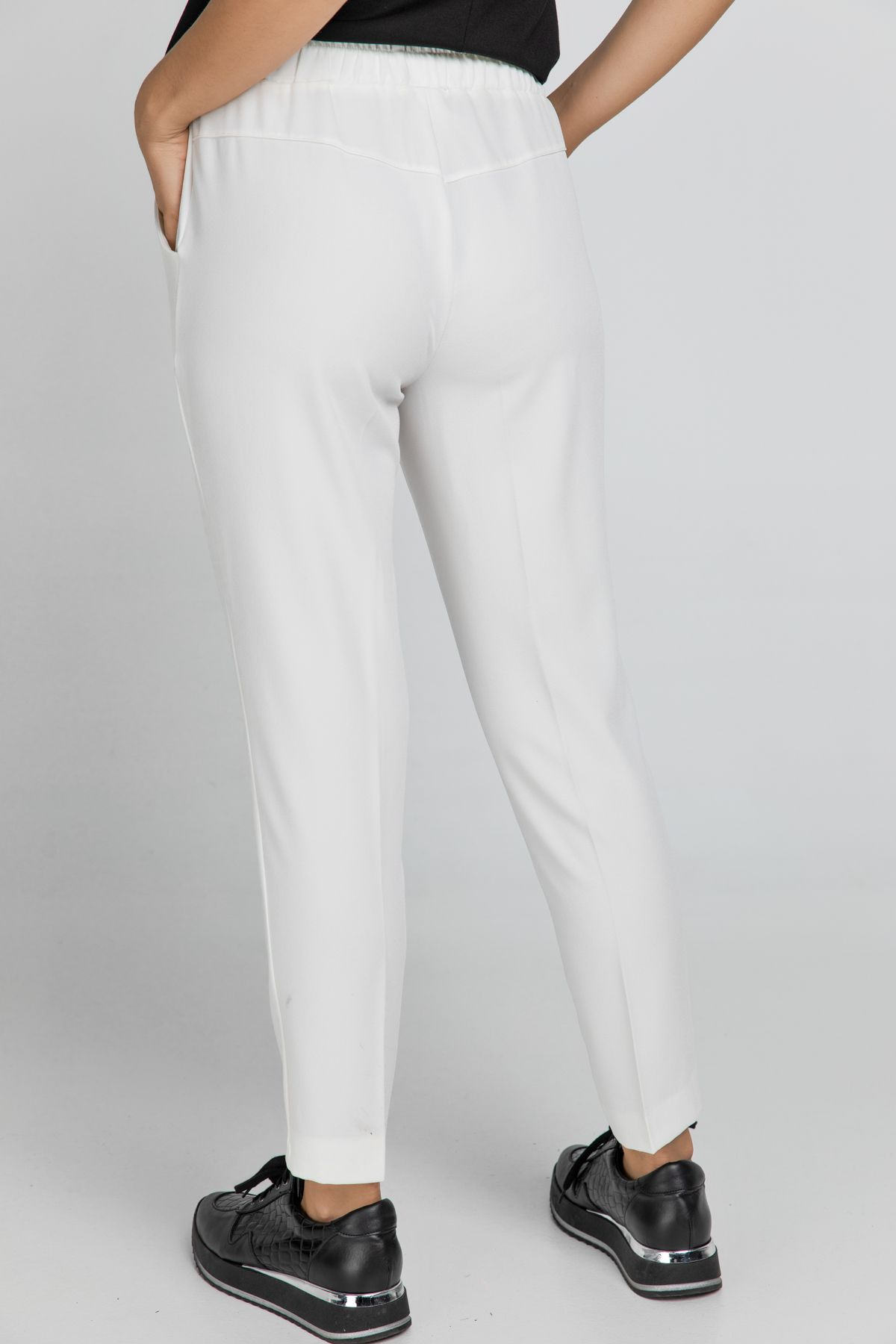 Ecru Crepe Pants by Conquista
