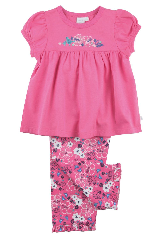 Girlie Pyjamas in pink, flowers and more pink