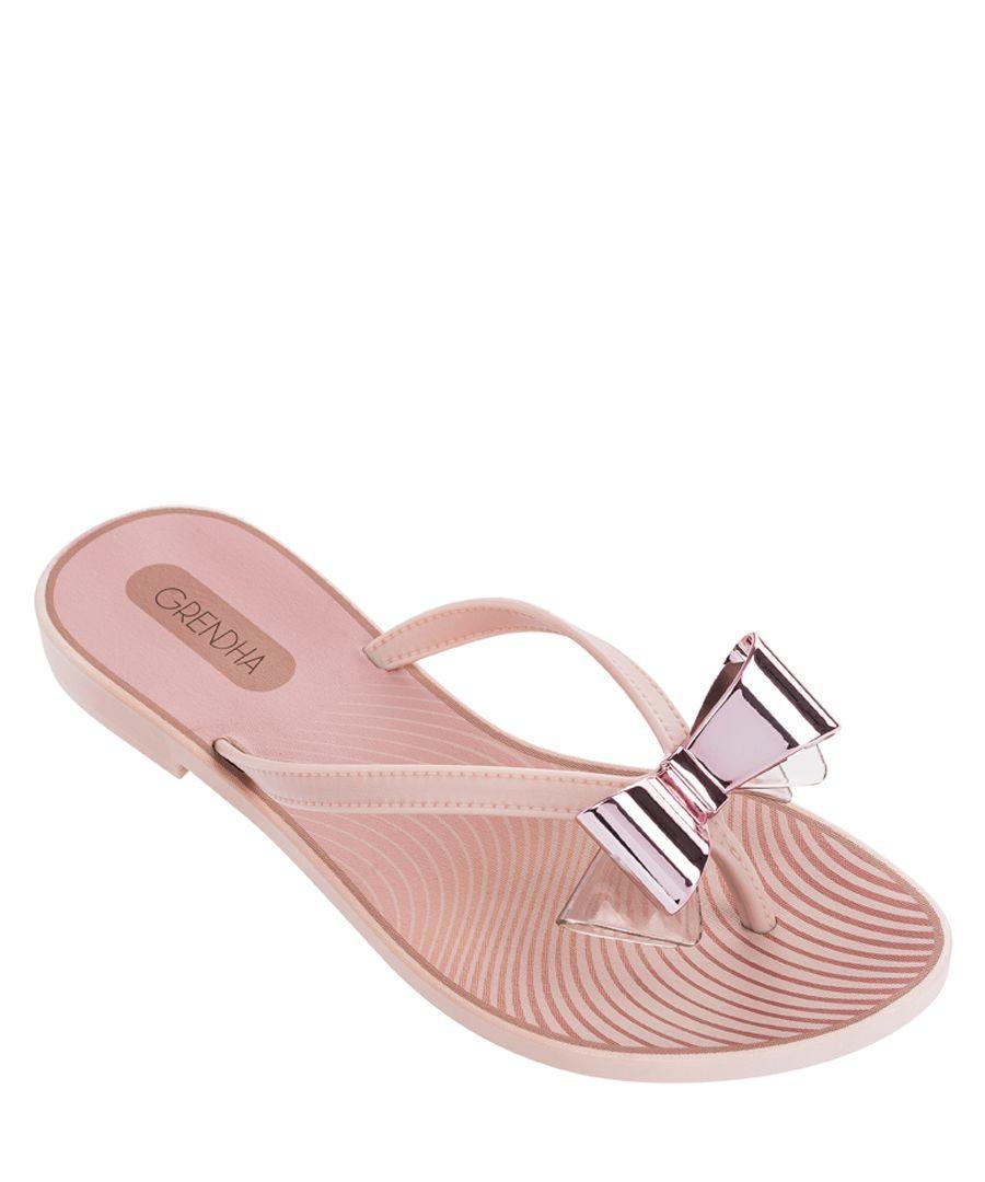 Charm blush bow flip-flops